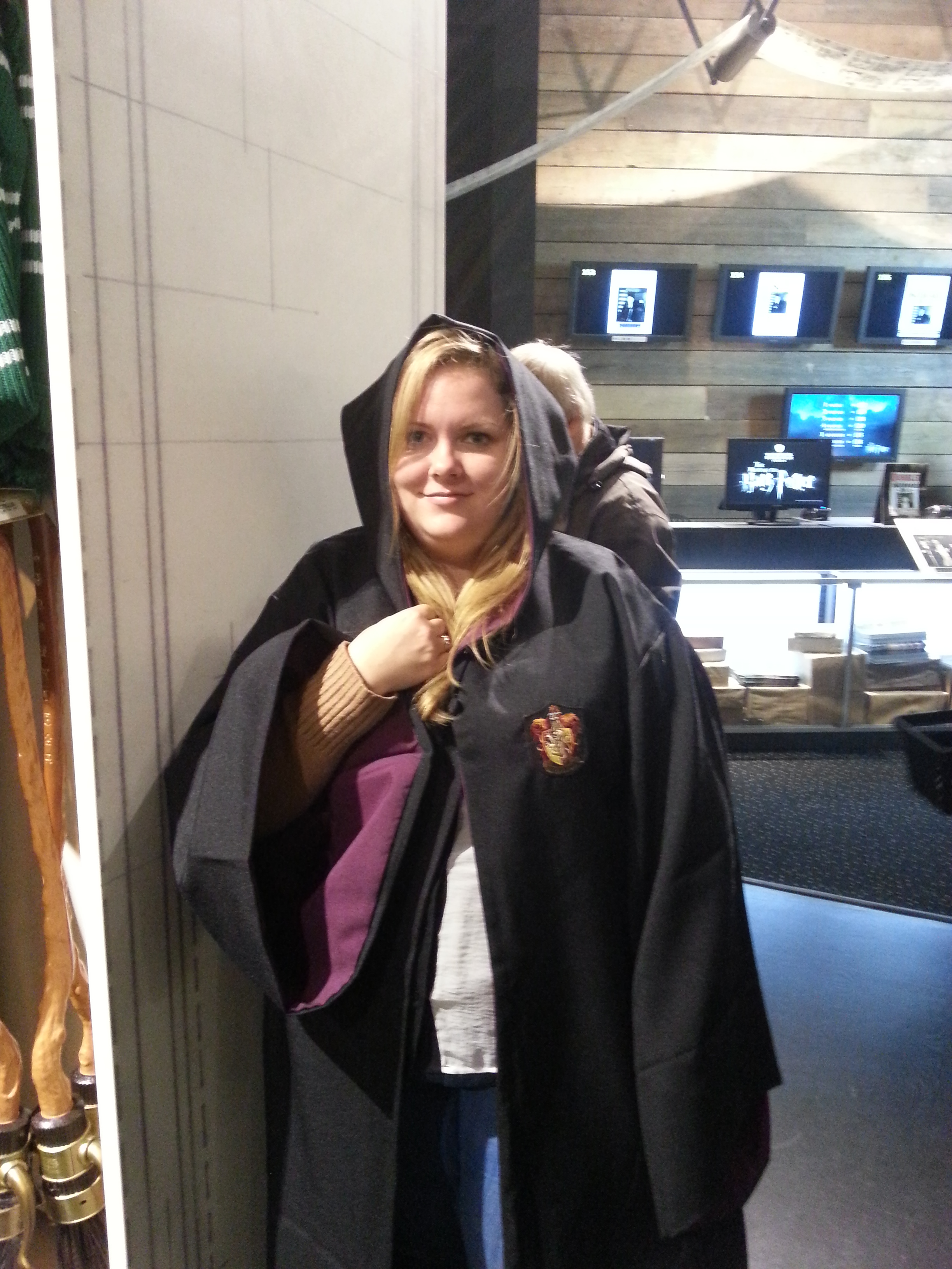 Trying on some wizard's robes. I think they suit me. Let's go to Hogwarts!